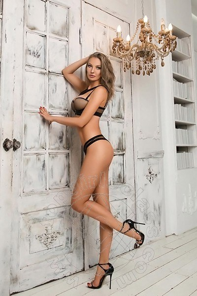 Girls Imola Kati Hot